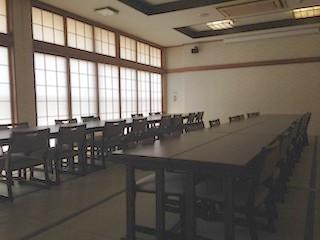 福島・南相馬市の旅館 抱月荘 宴会場写真・椅子部屋・50名まで